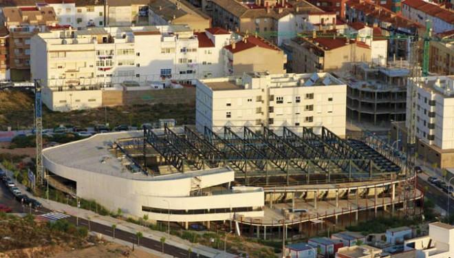 Acuerdo de los partidos políticos del Ayuntamiento para la reconversión del la obras del Palacio de los Deportes de Tenerías
