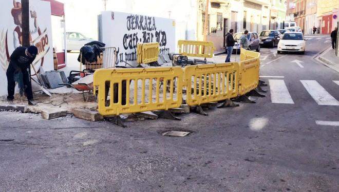 Se inician las obras de mejora en la confluencia de las calles Alfarería y del Carmen