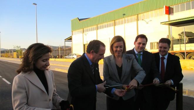 María Dolores de Cospedal inaugura el sector La Fuente del Polígono Industrial de Hellín