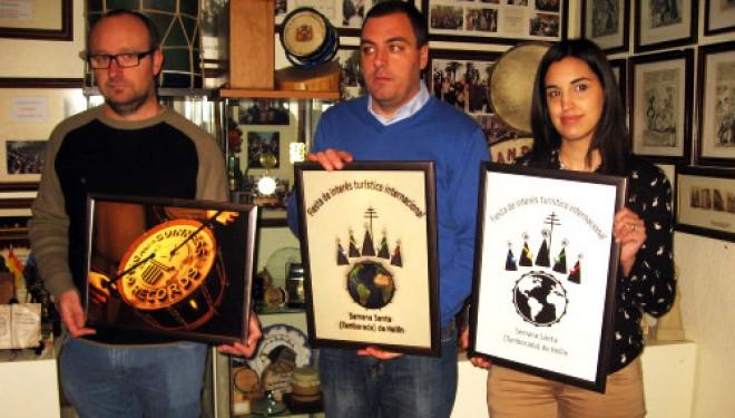 Presentados los nuevos logotipos de la Asociación de Peñas de Tamborileros