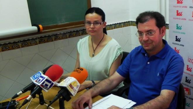 Reunión de Beatriz Jiménez y Roque García