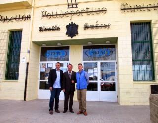 El Pabellón Polideportivo ya luce el nombre de Adolfo Suárez