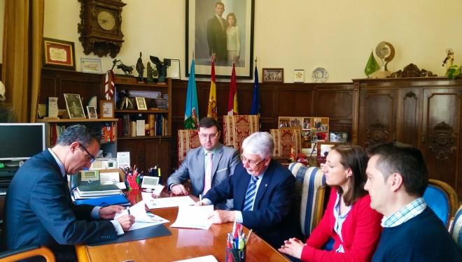Firmado un convenio entre el Ayuntamiento de Hellín y la Fundación Globalcaja