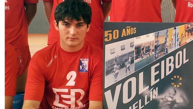 El hellinero Pedro Caro con el mejor Voley Nacional