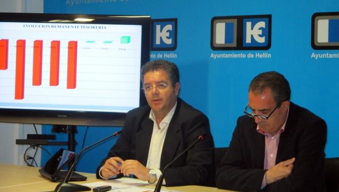 El equipo de Gobierno presenta el informe de la intervención municipal