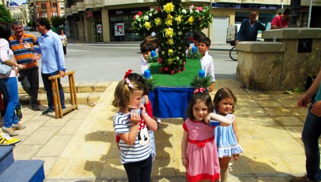 Concurso de Cruces para conmemorar el Día de la Cruz
