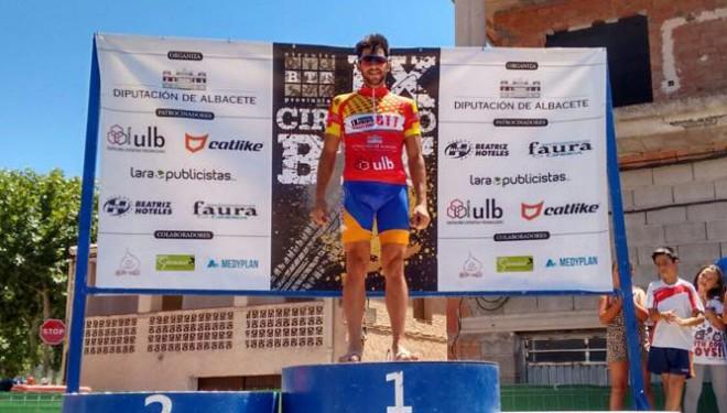 Alberto López conserva el liderato con el cuarto puesto en Bienservida