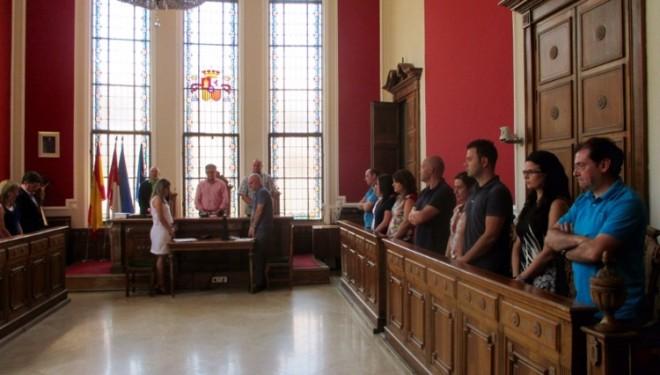 El Ayuntamiento de Hellín guarda un minuto de silencio por la muerte de Paquita Jiménez