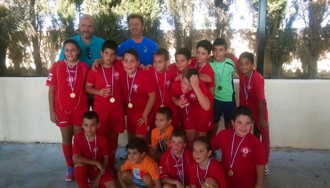 El club Santiago Apóstol vencedor del trofeo de las fiestas de Isso