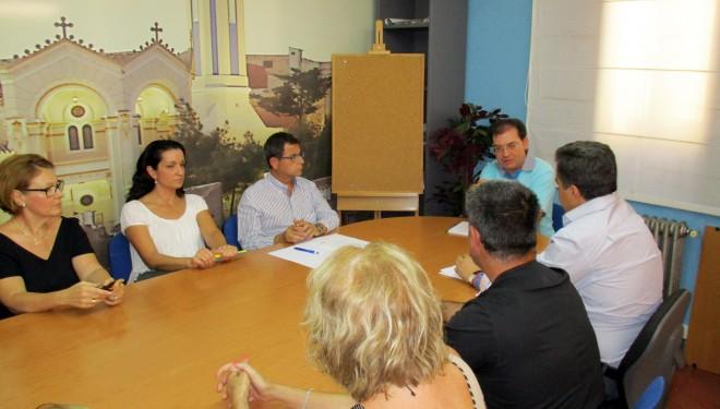 El concejal de Comercio se reúne con las asociaciones de la ciudad
