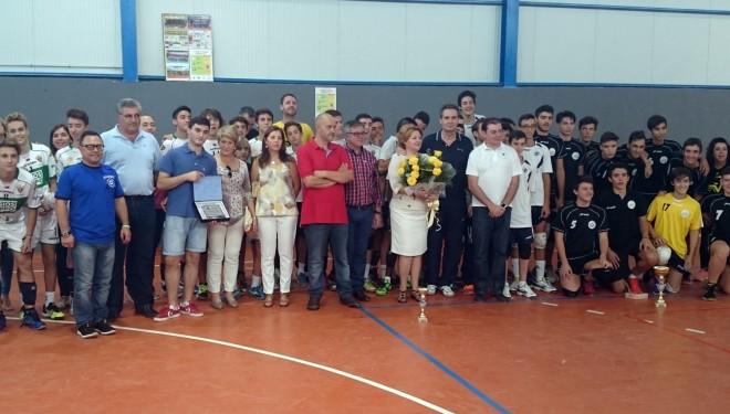 El 41 Trofeo de Voleibol, se quedó en casa