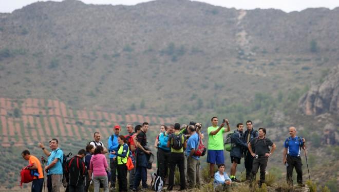 Fabuloso paseo en la XVII Ruta Provincial de senderismo organizada por la Diputación, en Elche de la Sierra