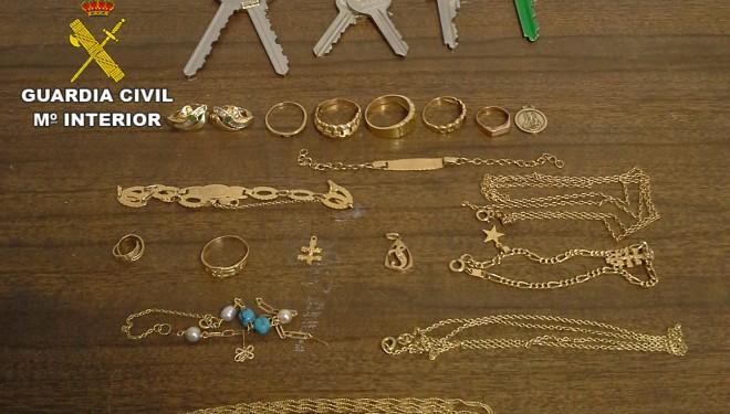 Detenidos dos vecinos de Ontur y recuperadas las joyas sustraídas en tres robos