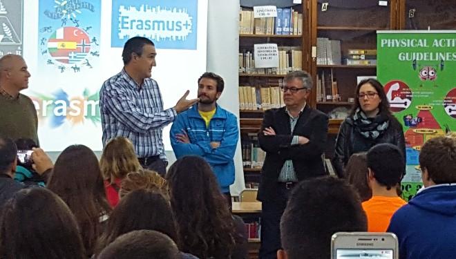 El Alcalde da la bienvenida a los alumnos del programa Erasmus+