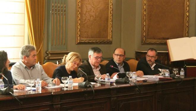 Ramón García defendió en el pleno de la Diputación la oposición al recrecimiento de la presa del Camarillas