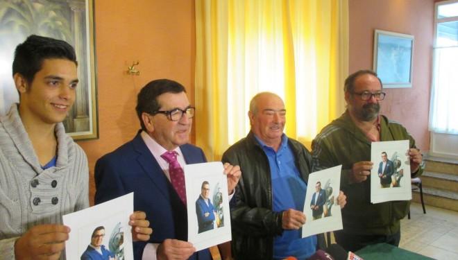 Jesús Hernández pone a caer de un burro a la clase política