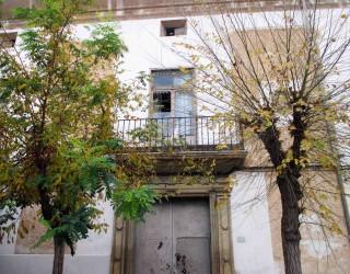 Casas con memoria, hombres desmemoriados