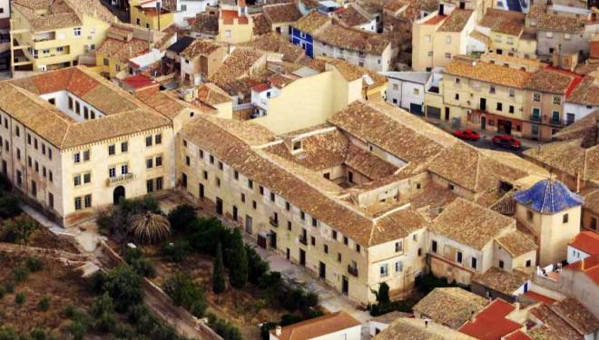 Ramón García preocupado por la situación del Convento de los Franciscanos