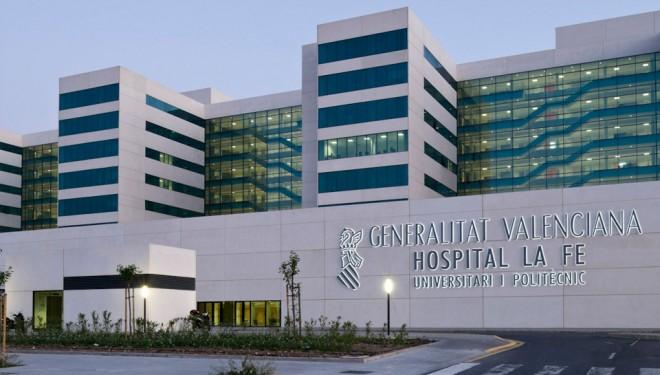 """Un trabajador trasladado urgentemente al hospital """"La Fe"""" de Valencia"""