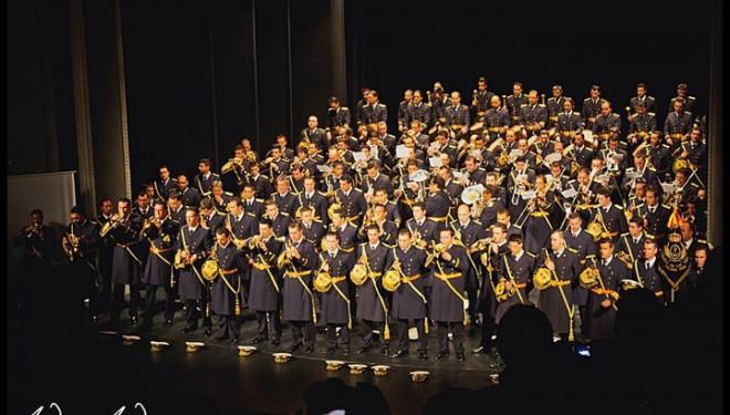 Gran expectación por el concierto de la banda sevillana Cristo de las Tres Caídas