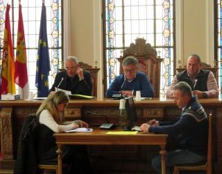 El alcalde busca una solución para la posible desaparición del servicio de viajeros del ferrocarril