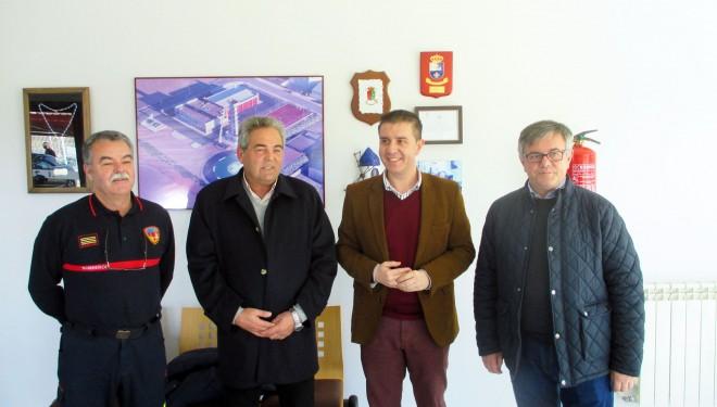 Santiago Cabañero visitó el Parque de Bomberos del SEPEI