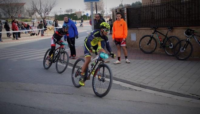 César Ruiz sube al podio en segundo lugar en La Roda
