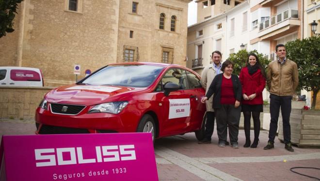 Seguros Soliss entrega un automóvil entre sus nuevos clientes