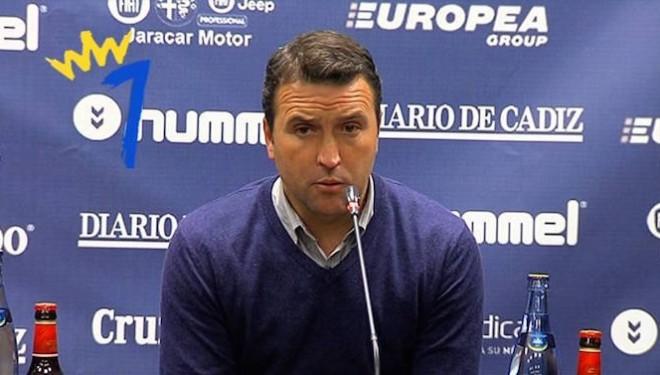 El entrenador hellinero Josico suspendido de empleo y sueldo en el Jumilla
