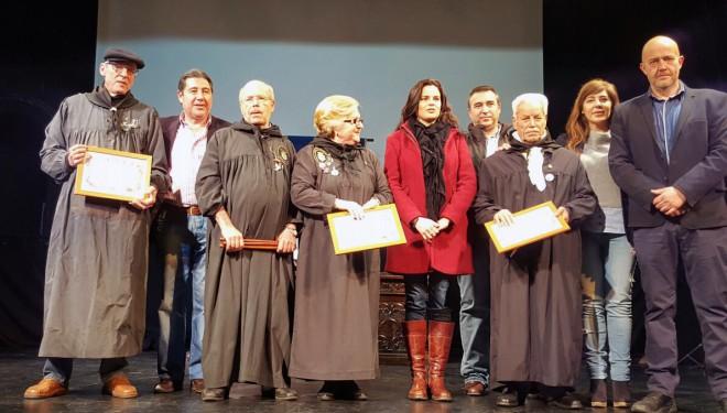 Acto de exhibición y entrega de diplomas de las Escuelas de Tamborileros