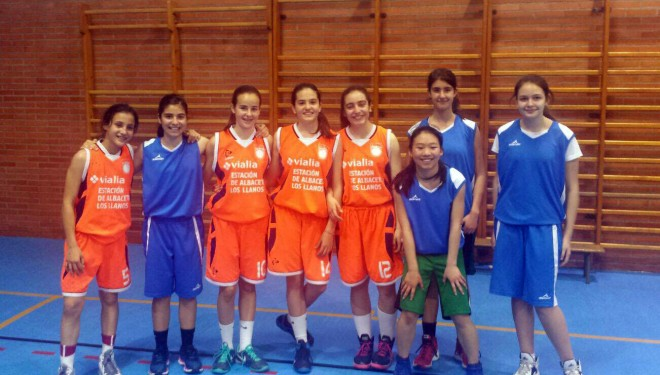 El equipo infantil femenino del ADB Hellín, campeón provincial