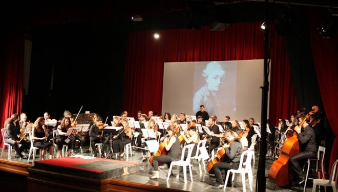Concierto de Primavera a cargo de la Orquesta Teatro Victoria
