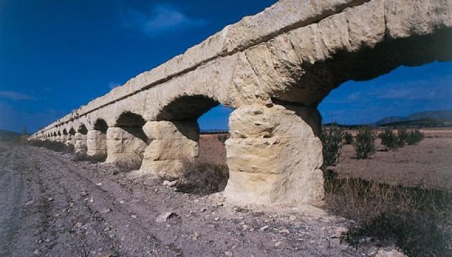 El acueducto de Albatana, con categoría de BIC, entra en la lista roja