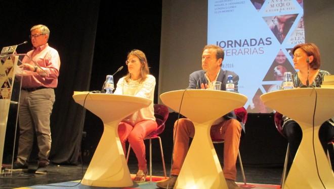 Inauguradas las Jornadas Literarias con la presencia de Javier Moro