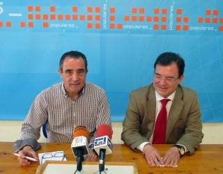 """Francisco Molinero hizo una exposición de las medidas """"estrella"""" que va a presentar el PP"""