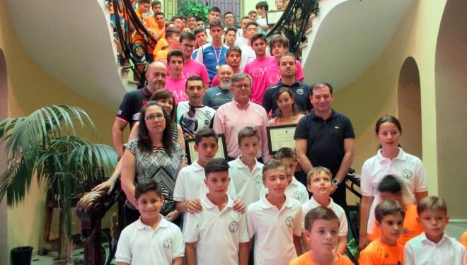 Los deportistas hellineros fueron homenajeados por el Ayuntamiento