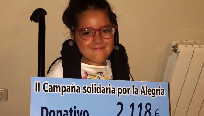 """La Hermandad de la Virgen de la Alegría entrega un donativo para la campaña """"Ayuda a María"""""""
