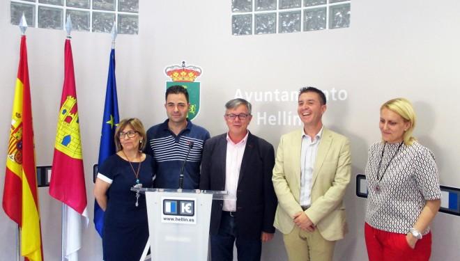 La Diputación y el Ayuntamiento firman un convenio de 500.000 euros