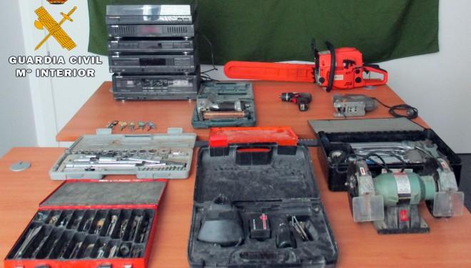 La Guardia Civil detiene a un vecino de Yeste y recupera efectos robados valorados en 4.000 euros