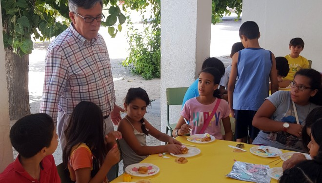 Ramón García visita los Talleres de Verano Cervantes