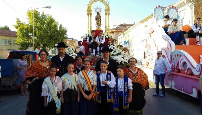 Una multitudinaria cabalgata inauguraba la Feria de Hellín