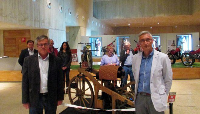 """Inaugurada la exposición """"Motos Clásicas"""" en el Museo de Semana Santa"""
