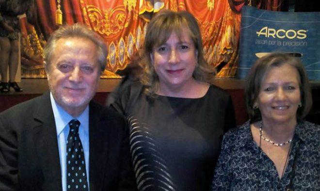 El actor Manuel Galiana con Gloria Andújar y María Jesús López Iniesta