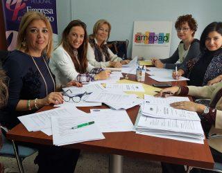 Claudia Fuentes, de la empresa Baco Bullejos, galardonada por la Asociación de Mujeres Empresarias de Albacete y Provincia