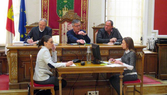 El Pleno aprueba importantes bonificaciones para comerciantes e industriales