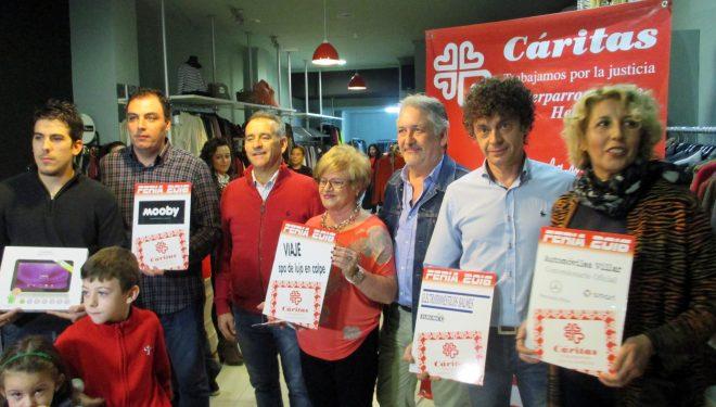 Cáritas entrega sus premios especiales de la Tómbola instalada en la Feria