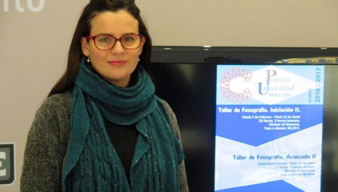Beatriz Jiménez dio a conocer los nuevos talleres de fotografía que se iniciarán en la Universidad Popular