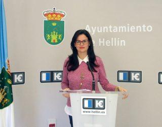 """Beatriz Jiménez presenta el proyecto de Convivencia Escolar """"Stop Bullying"""""""