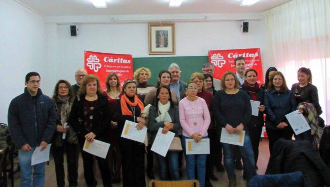 """Cáritas y la Fundación """"El Sembrador"""" entregan los diplomas a los participantes de los cursos de formación laboral"""