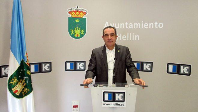 Manuel Mínguez muestra el desacuerdo del Partido Popular con el Convenio firmado sobre el Convento de Franciscanos